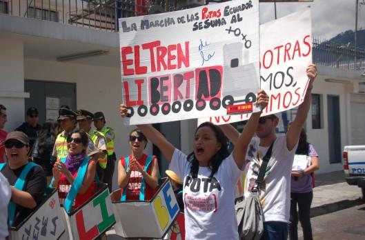 el_tren_de_la_libertad_ecuador_01